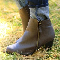 Step Into Chic Simplicity Boots