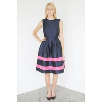 Navy Blue Round Neck Sleeveless Cocktail Dress