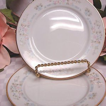 Lenox Ivory China Dinnerware Bouquet Collection Daisy Basket set 2 bread Plate