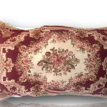 Tache 1-2 Chenille Woven Floral Holiday Red Rose Pillow Sham