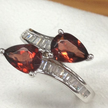 Garnet Engagement Ring 14K White Gold!Baguette Cut Diamond Wedding Bridal Ring,Pear Cut VS Natural Red Gemstone,Unique Design,Promise ring