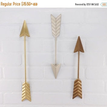 NEW YEARS SALE Metal Wall Arrow / Gold Arrow / Bronze Arrow / Arrow Decoration /Nickel / Wall Arrow Decor / Arrow Nursery Decor