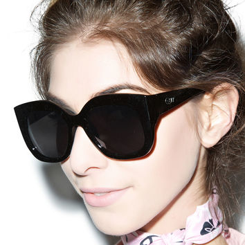 Quay Eyewear Monroe Sungalsses Black One