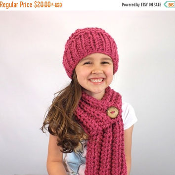 SALE Kids Chunky Scarf Hat Set /RASPBERRY/, Children Scarf Hat Bundle, Unisex Kids Winter Set, Gift Idea