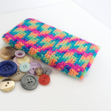Galaxys S5 Case, Crocheted Rainbow Mobile Phone Sleeve, Neon Nexus 5 Cosy, Multi coloured yarn Sleeve, Pink and green cell sock,