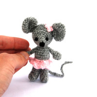 miniature mouse, stuffed ballerina mouse, tiny mouse, little ballerina animal doll, amigurumi mouse grey pink, crochet tiny mouse