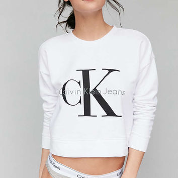Calvin Klein For UO Cropped Pullover Sweatshirt - Urban Outfitters