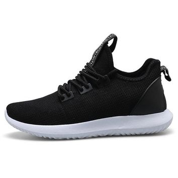 Men Mesh Fabric Breathable Light Running Shoes Lace Up Casual Sneakers