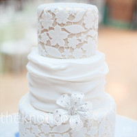 Real Weddings - A Traditional Wedding in Chicago, IL - Lace Wedding Cake