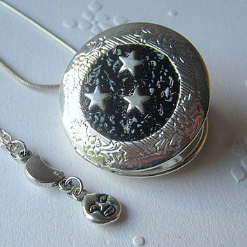 2 in 1 Locket Necklace, Sun Moon Stars Locket, Black Locket , Layered Necklace, Star Locket, Star Jewelry, Moon Jewelry, Sun Necklace