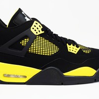 Air Jordan 4 Retro Thunder Basketball Shoes <>