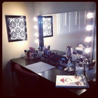 This is so perfect! | MAKE UP VANITIES