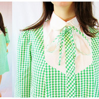 70s shift dress green COLLAR BOW house coat long sleeve LARGE houndstooth