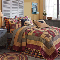 Hazelwood Star Nine Patch  3 pcs QUILT SET : Cabin Lodge Red Black