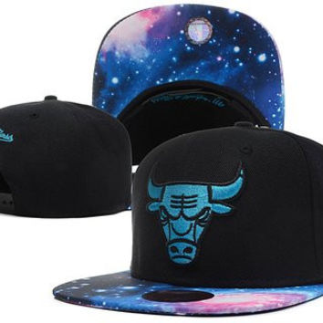 Chicago Bulls Galaxy Snapback Cap Hat for Man NBA Mitchell Ness Adjustable Black