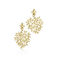 Tiffany & Co. - Paloma Picasso® Olive Leaf drop earrings in 18k gold, medium.