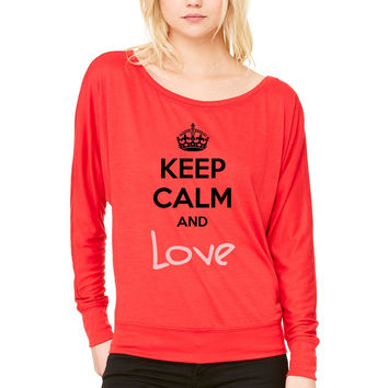 Keep Calm and Love (High Quality) WOMEN'S FLOWY LONG SLEEVE OFF SHOULDER TEE