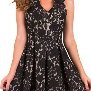Chic Black Scalloped Neckline Fit Flared Lace Dress