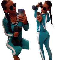 Lake Green Hooded Sweatshirt and Pants Sports Suit