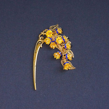 Hairstick Hair stick with blue crystal flowers Hairstick with floral charm Asian style hairstick Gift for her Metal hair stick gold tone