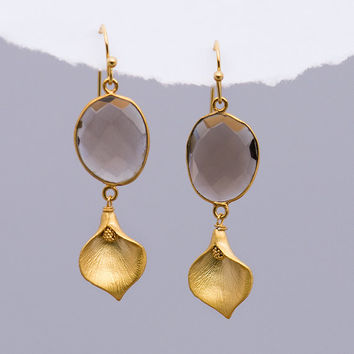Smokey Quartz Earrings - Calla Lilly Earrings - Brown stone earrings - Dangle Earrings - Gold earrings