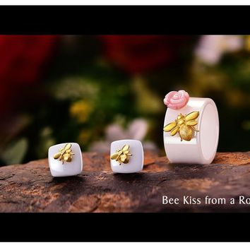 925 Sterling Silver Handmade Ceramics Cute Bee Kiss from a Rose Jewelry Set