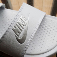 Love-Q168 NIKE Men's and women's black and white belt leisure slippers Couples is cool