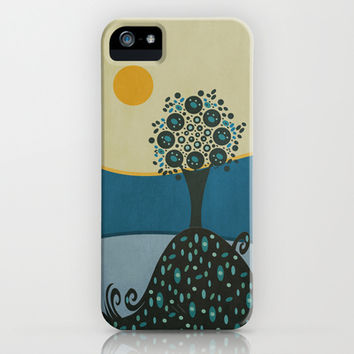 Lone tree in the hills iPhone & iPod Case by Viviana González