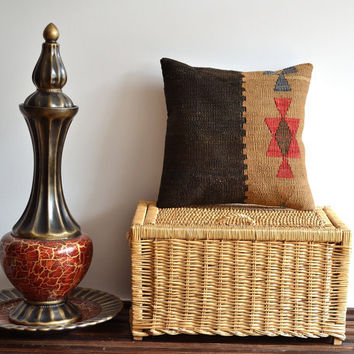 Modern Handwoven Turkish Kilim Pillow Cover - 16x16 inch - Decorative Pillow Cover - Vintage Decorative Pillows