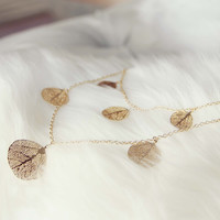 Tangled Leaves Necklace