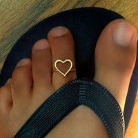 Heart Toe Ring by catchalljewelry on Etsy