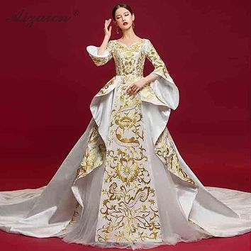 cd9251cf0e Luxury Flowers Embroidery Chinese Wedding Dress Ball Gown