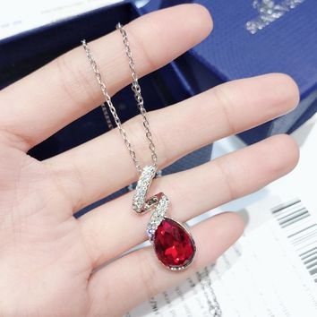 HCXX 029 Swarovski's classic pear-shaped Red Necklace 1