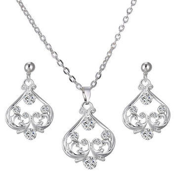Sweet Sparkling Rhinestone Heart Necklace and Earrings