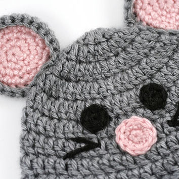Newborn Mouse Beanie // Crochet Baby Hat // Photo Prop // Gray Mouse Hat