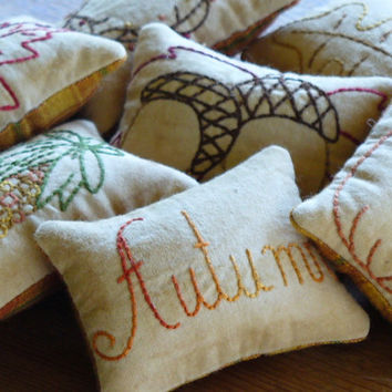 Autumn Bowl Fillers - Decorative Pillows - Tucks - Ornies - Fall Leaves - Pumpkin - Acorns -  Primitive -Plaid