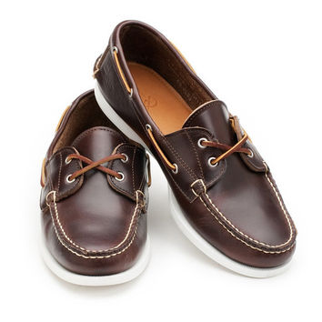 Read Boat Shoe