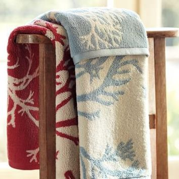 Coral Jacquard 650-Gram Weight Bath Towels | Pottery Barn