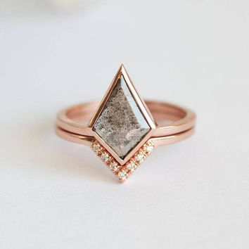 Diamond Ring, Grey Diamond Ring, Rose Gold Ring, Engagement Ring, Bridal Set, Modern Ring, Wedding Band, Geometric Jewelry, Rose Cut, Gray