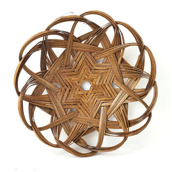 Woven Basket Tray / Wall Hanging / Round Cane Frame / Star Design, Looped Pattern / Unique Wall Art / Vintage Storage / Display Piece