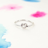 Simple Tiny Knot Ring in Silver
