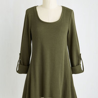 Boho Mid-length 3 Everywhere for the Weekend Top in Basil