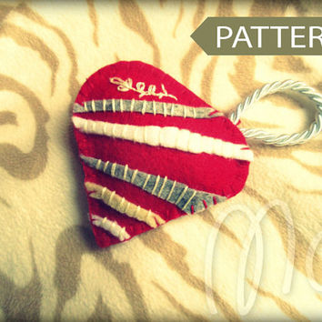 Valentine Heart 003 PATTERN, Sew by Hand Felt Softie, PDF, Plush Pattern, Easy