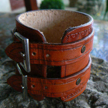 Leather Cuff, Brown Leather Cuff, Women's Leather Bracelet, Women's Leather Cuff, Leather Wristband, Leather Wrist Cuff, Custom Leather Cuff