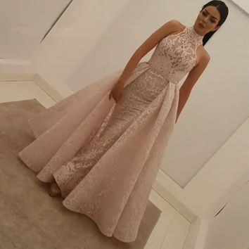 2017 New Arrival Pink Lace Evening Prom Dresses Mermaid High Neck Amazing Long Arabic Vintage Dubai Women Gown prom Dress