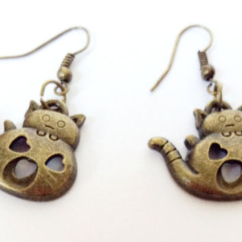 Lovely Cat Earrings, Cat Love Earrings, Teapot Cat Earrings, Gift Idea, Christmas Gift, Heart Earrings, Dangle Earrings, Charm Earrings