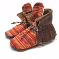 Brown stripes boho high top moccasins