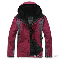 New Winter New brand Fashion Men's Waterproof Sport Coat+Bladder+Hoodie Climbing Clothes Jacket Outdoo