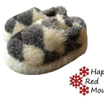 Sheepskin slippers short, Wool Slippers, Women's Slippers, Men's Slippers, Warm slippers, New natural felt merino Boots, Men's/Women's sizes