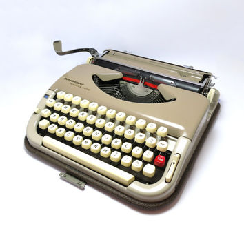 1950s Retro Brown Scheidegger Princess-Matic Portable Manual Typewriter. Including Carry Case, Made in Western Germany.
